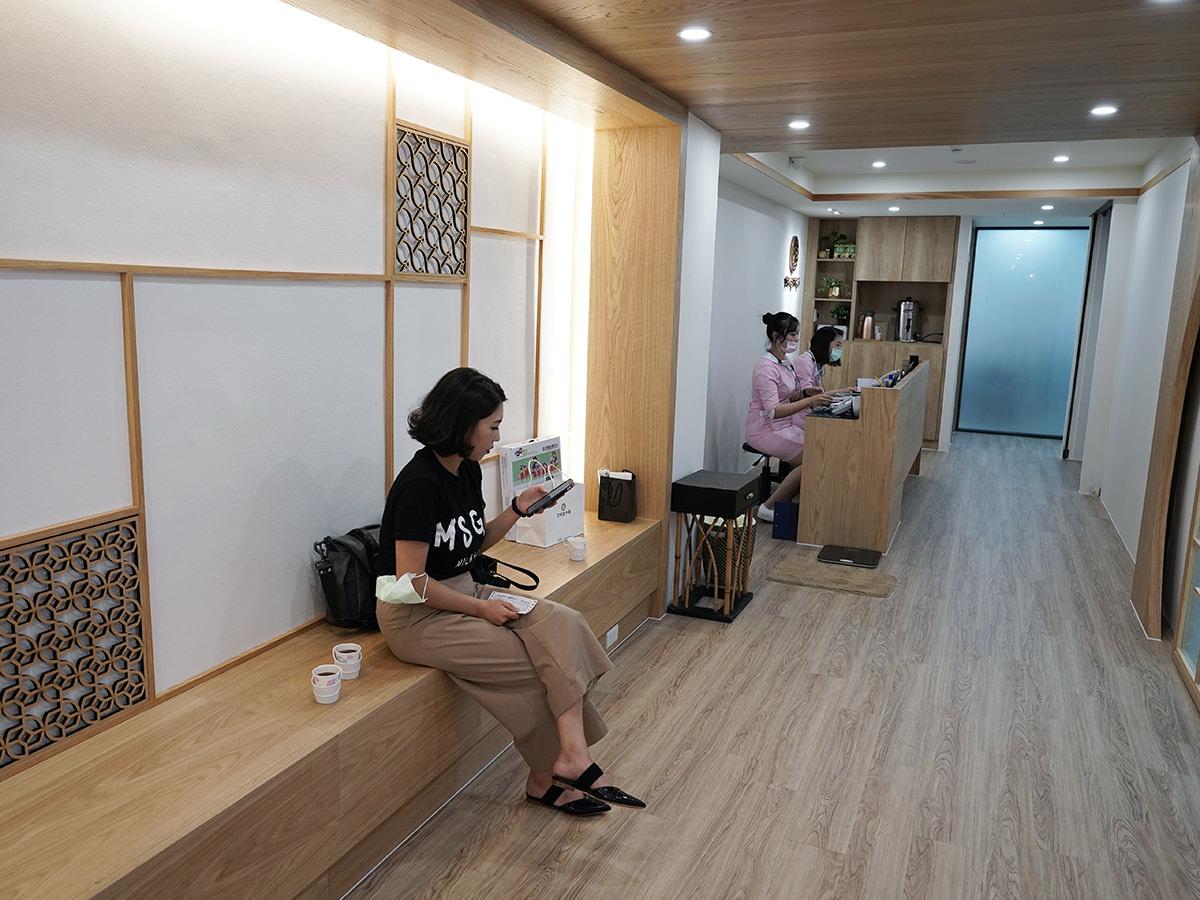 南京京都堂二樓候診區