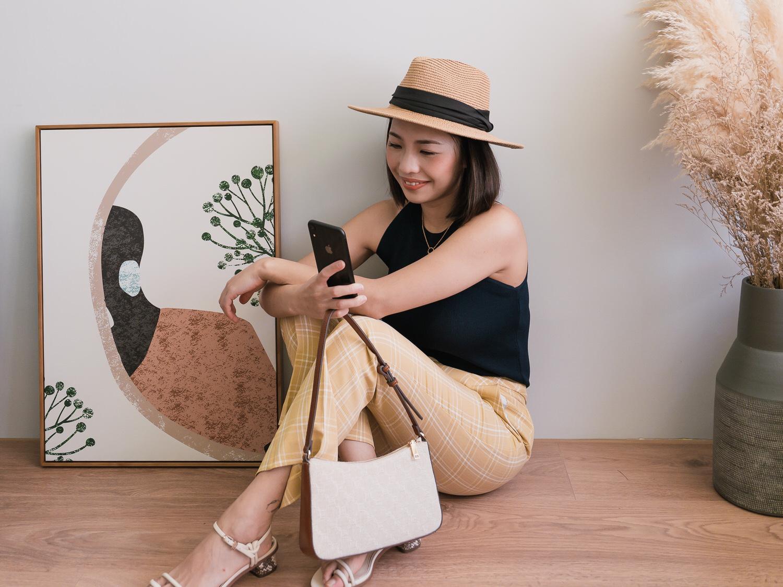 Petite Studio Bella Pants超美黃色格子褲+Mango Jacquard baguette bag,一咖長得超像Loewe、Celine老花包的平價小包!