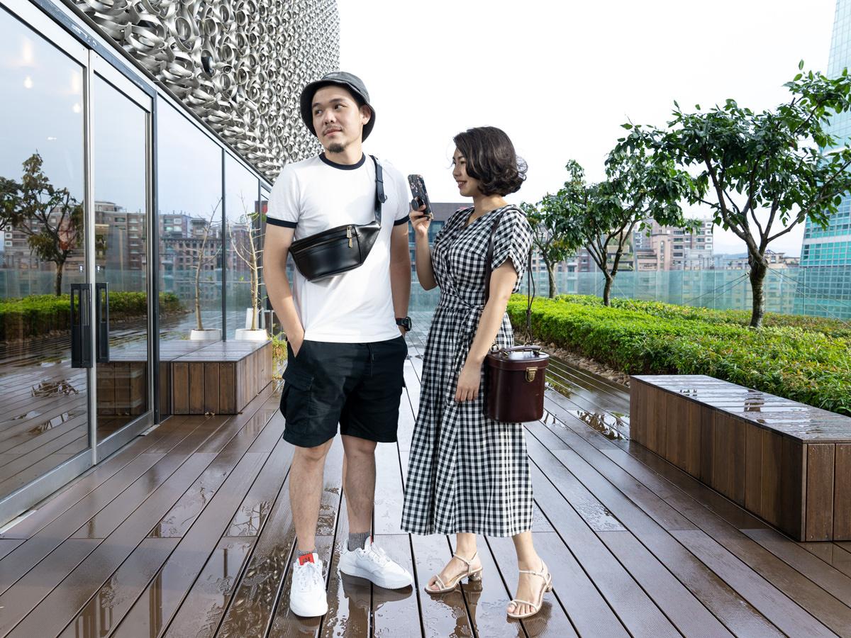 【Outfit】Beara Bearaの夫妻黑白色系穿搭!PHOENIX Bag & ALEX Bag 實背,質感很好的英國手工真皮包包分享